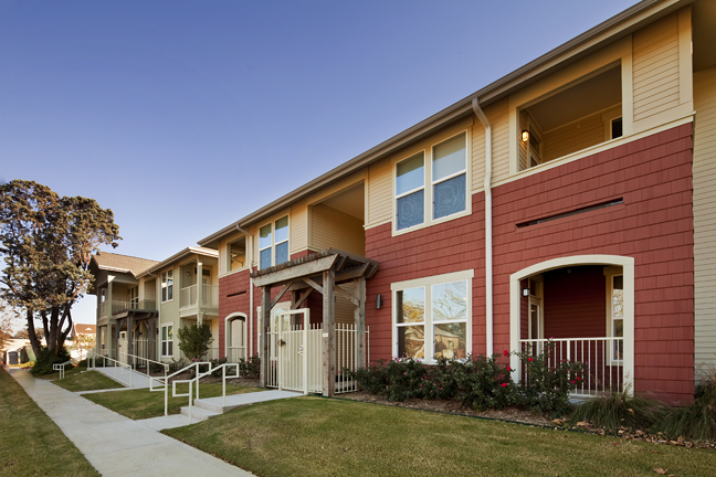 Exterior at Listing #152719