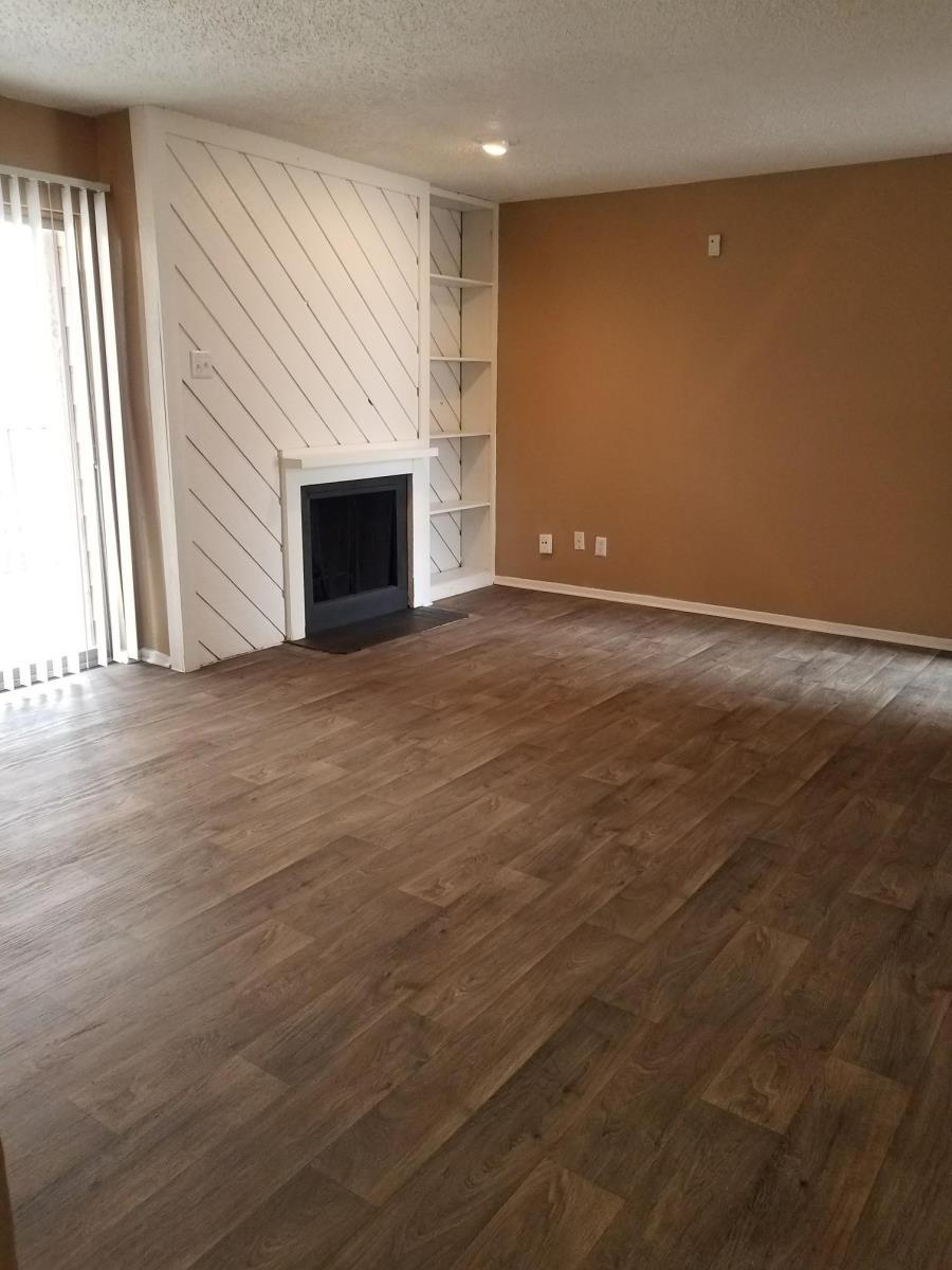 Living at Listing #136006