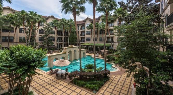 Amalfi at Hermann Park Apartments Houston TX