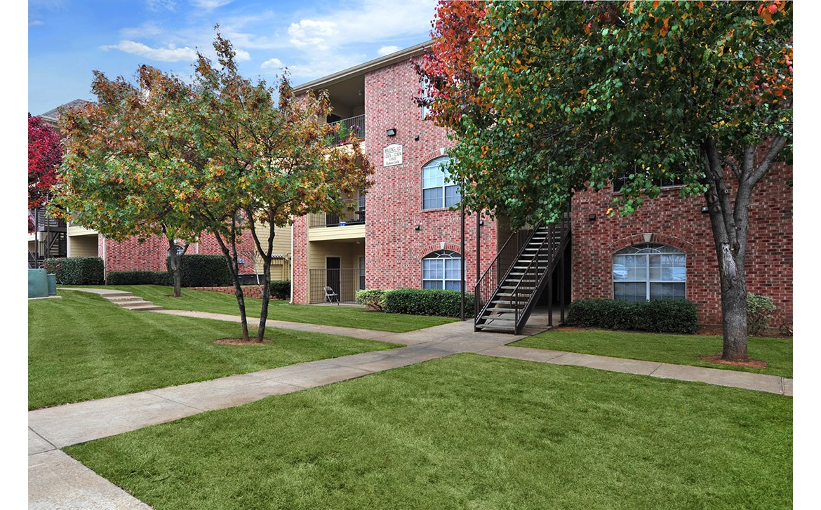 Station 3700 Apartments Euless, TX