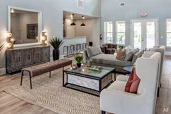 Lounge at Listing #334989