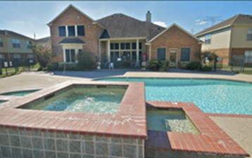 Hot Tub at Listing #140015