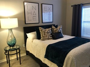 Bedroom at Listing #146205
