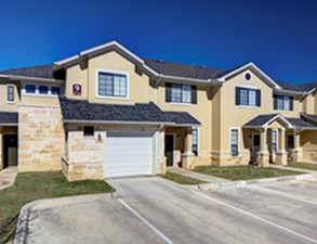 Exterior at Listing #140729