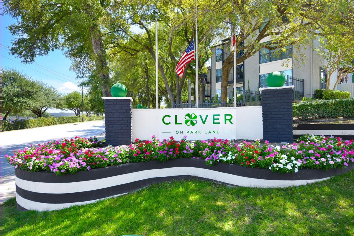Clover on Park Lane at Listing #136226