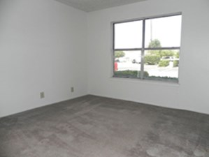 Bedroom at Listing #137532