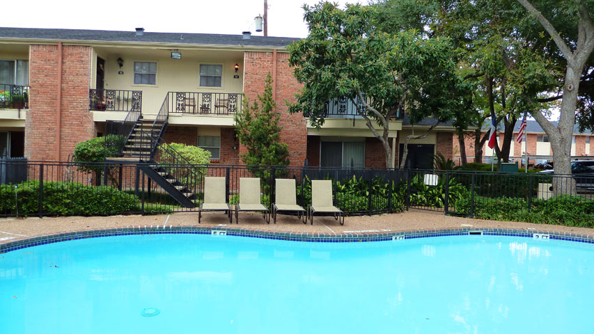 Pool at Listing #138843