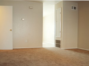 Living at Listing #217711