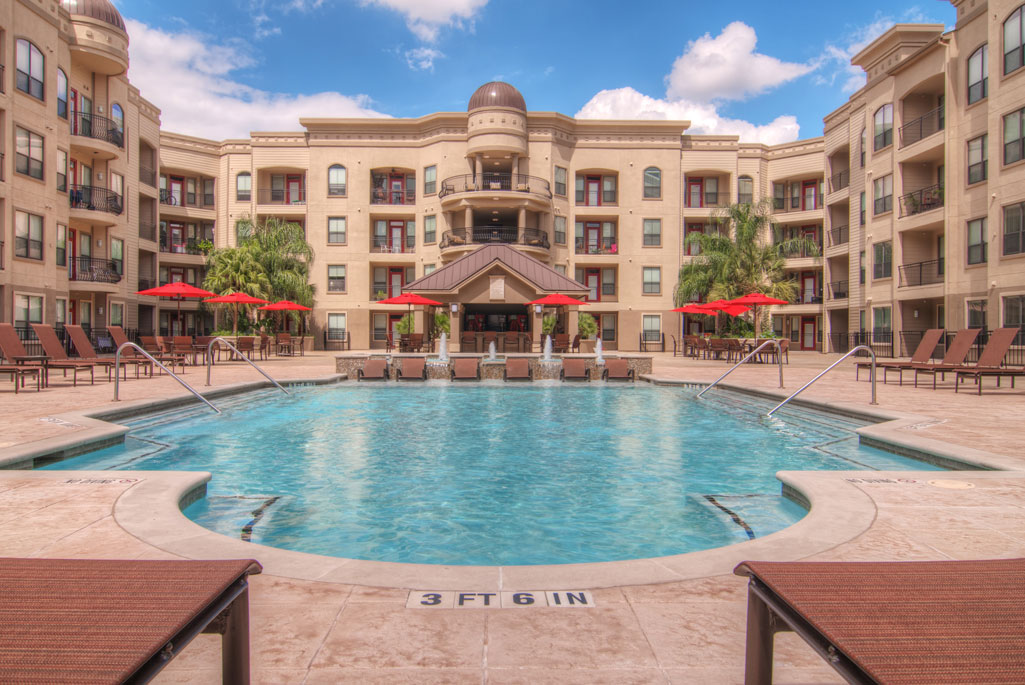 Pool at Listing #147728