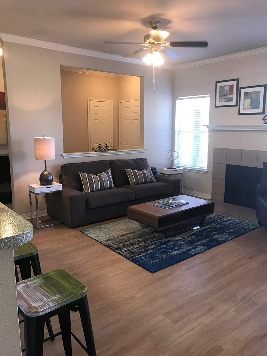 Living at Listing #137785