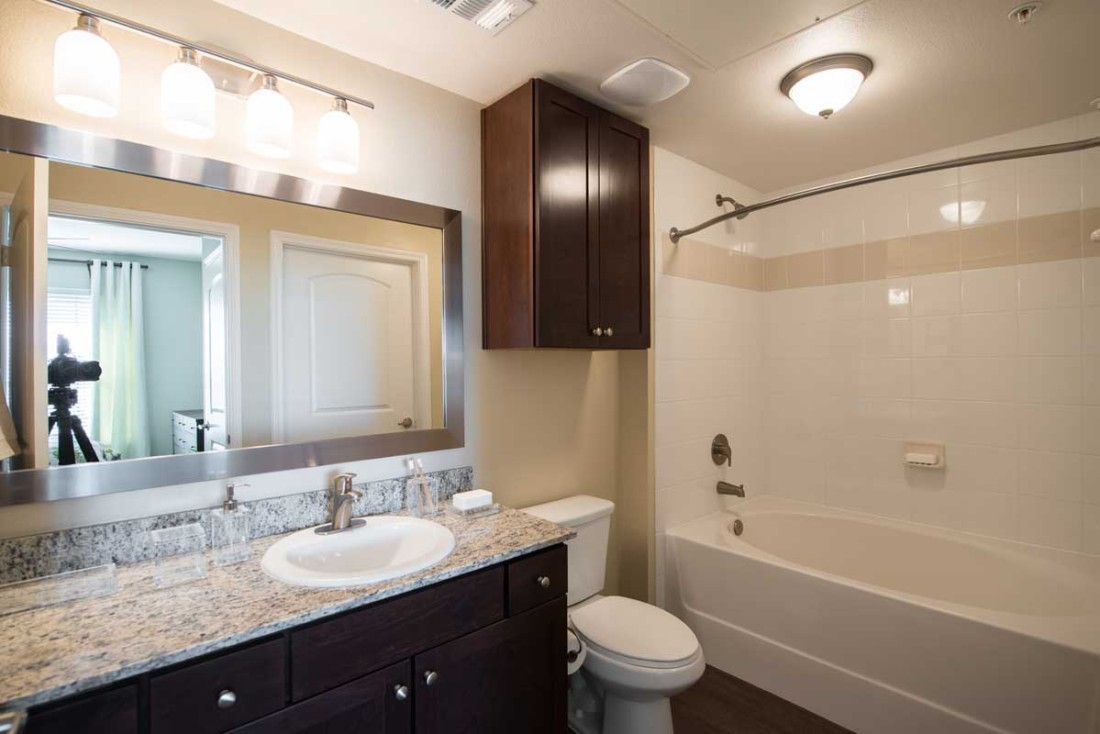 Bathroom at Listing #260400