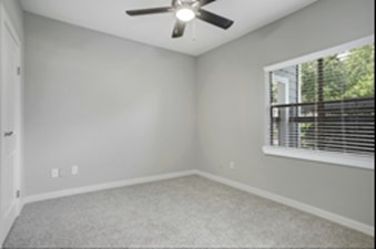 Bedroom at Listing #138419