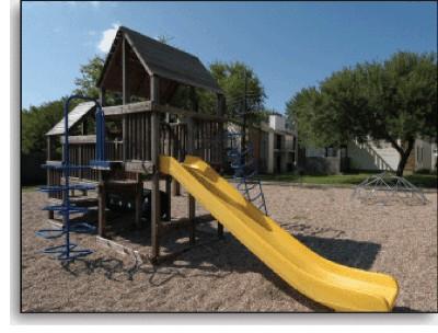 Playground at Listing #140428