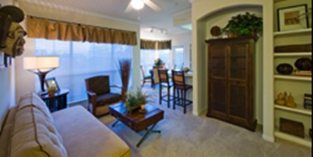 Living/Dining at Listing #140691