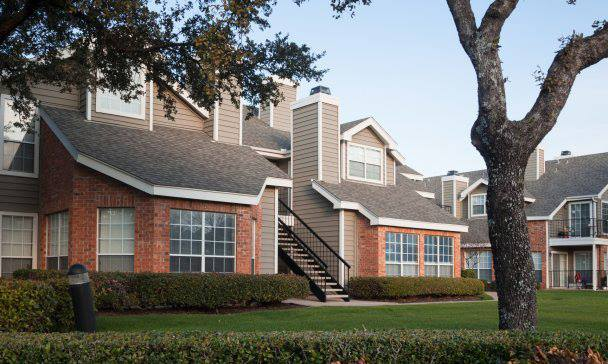 Exterior at Listing #135856
