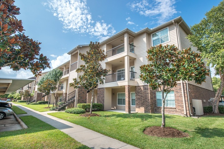 Westchase Forest Apartments Houston TX