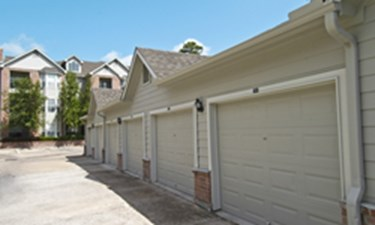Exterior at Listing #140095
