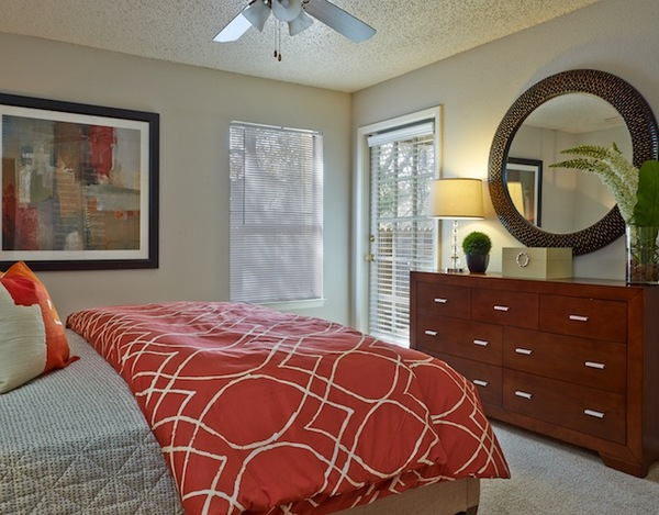 Bedroom at Listing #140897