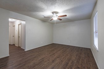 Living Area at Listing #212352