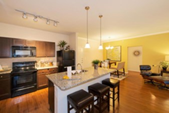 Dining/Kitchen at Listing #241920