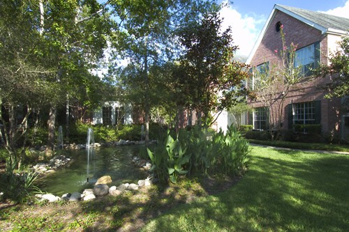 Exterior at Listing #138292