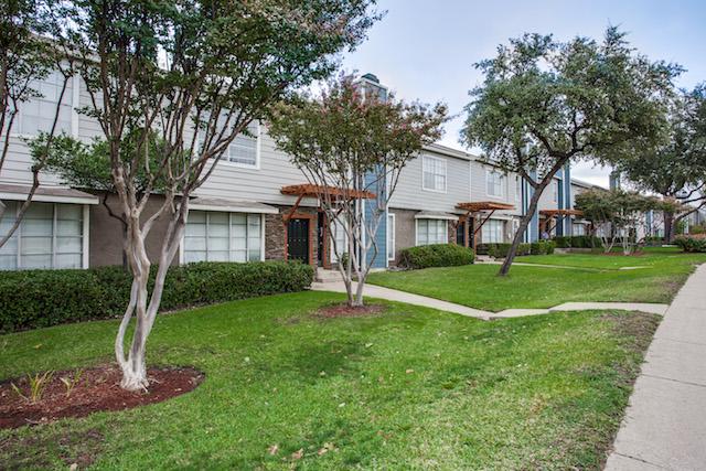 Ventana at Spring Valley Apartments Dallas, TX