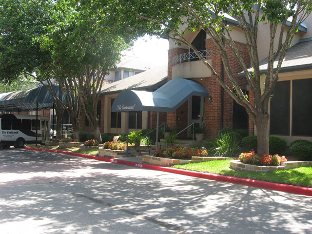 Continental Apartments , TX