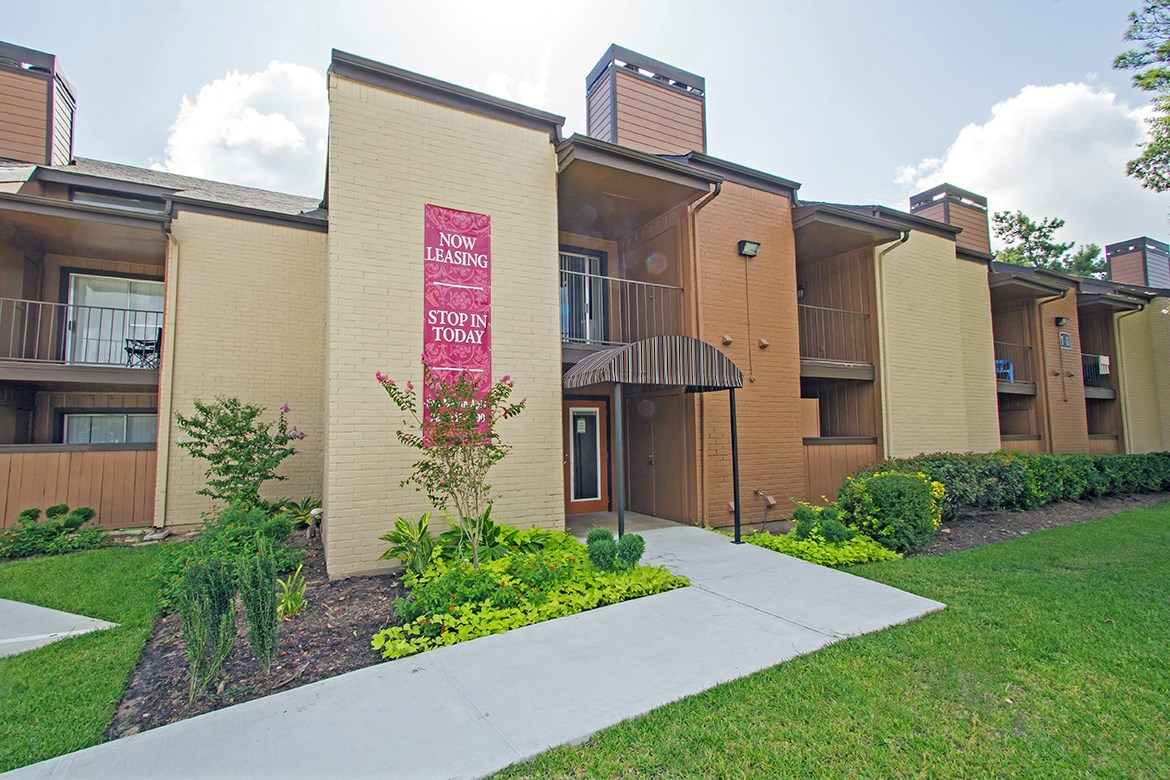 Exterior at Listing #214854