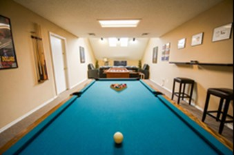 Gameroom at Listing #140195