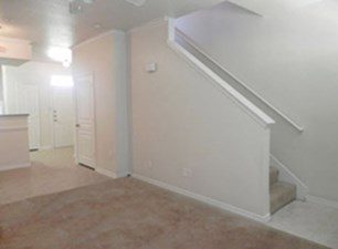 Living at Listing #226951