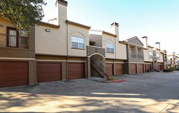 Exterior at Listing #135871