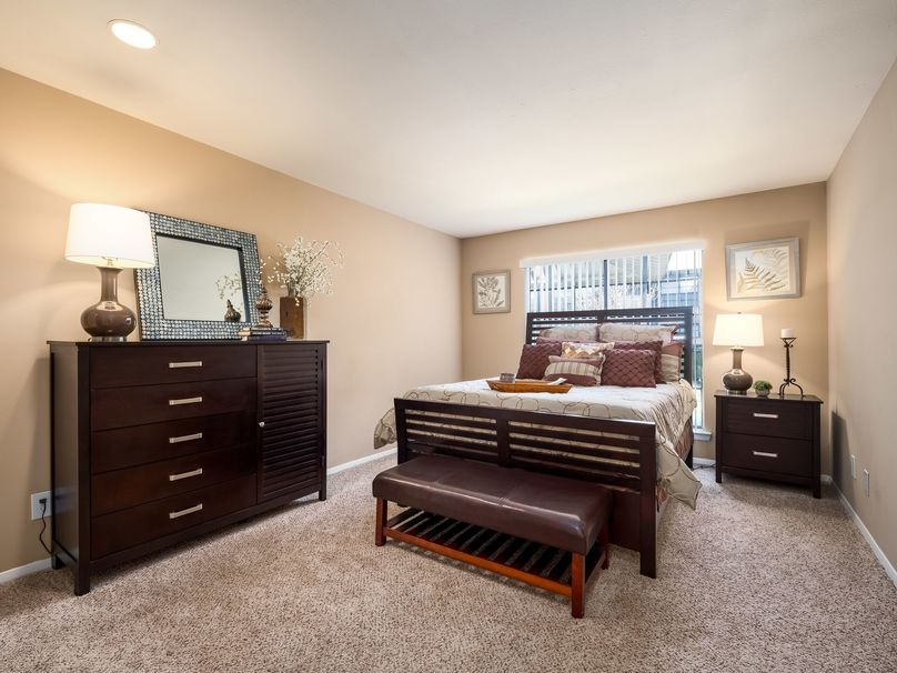 Bedroom at Listing #135861