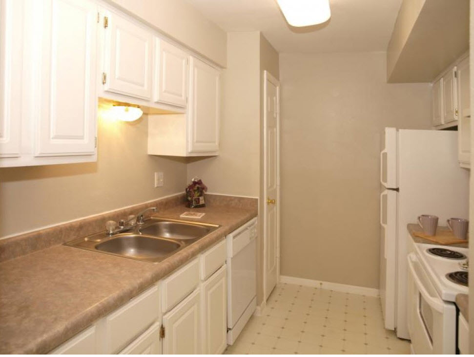 Kitchen at Listing #139055