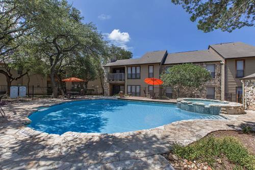 Pool at Listing #141027