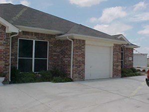 Exterior 3 at Listing #138011