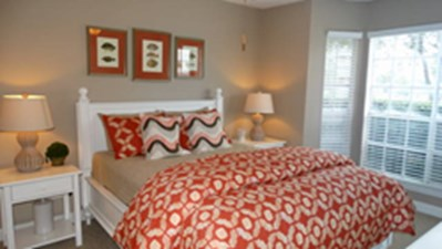 Bedroom at Listing #138320