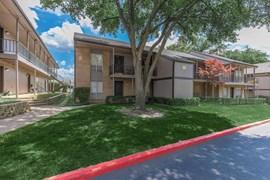Fox Hills Apartments Dallas TX