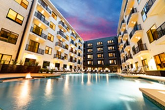 Pool at Listing #286958