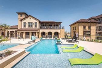 Pool at Listing #289169