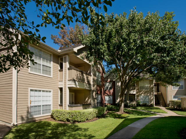 Exterior at Listing #138924
