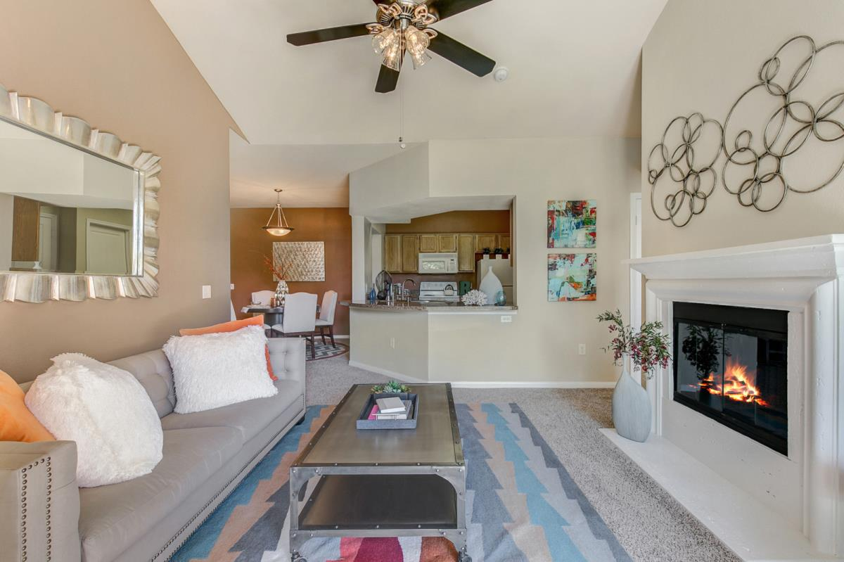 Living Area at Listing #137861