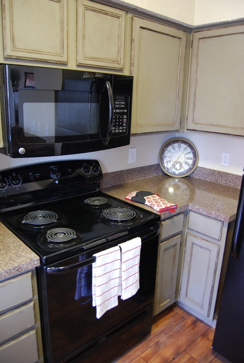 Kitchen at Listing #135630