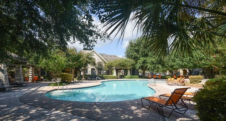 Pool at Listing #140788