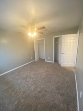 Bedroom at Listing #139752