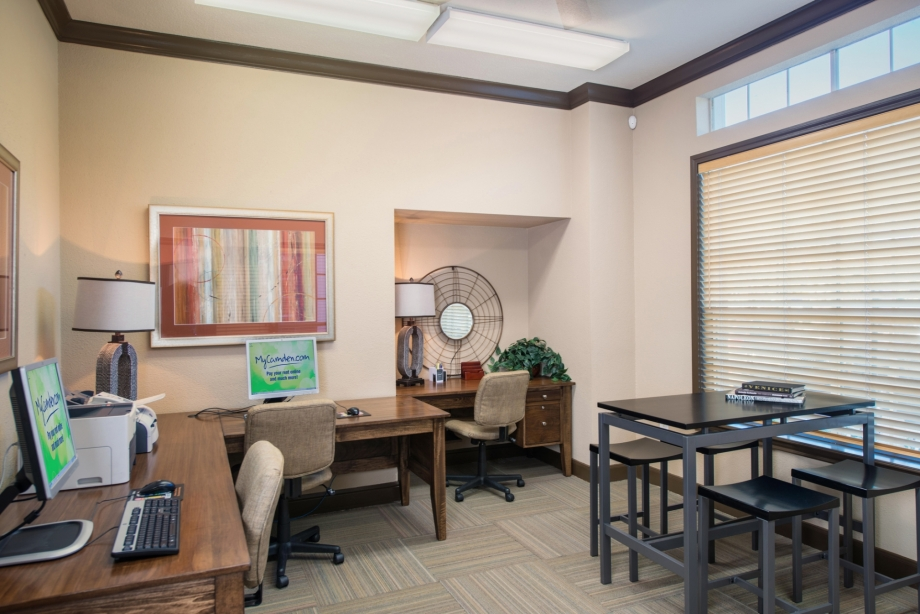 Business Center at Listing #138877