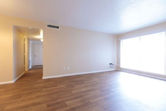 Living Area at Listing #213387