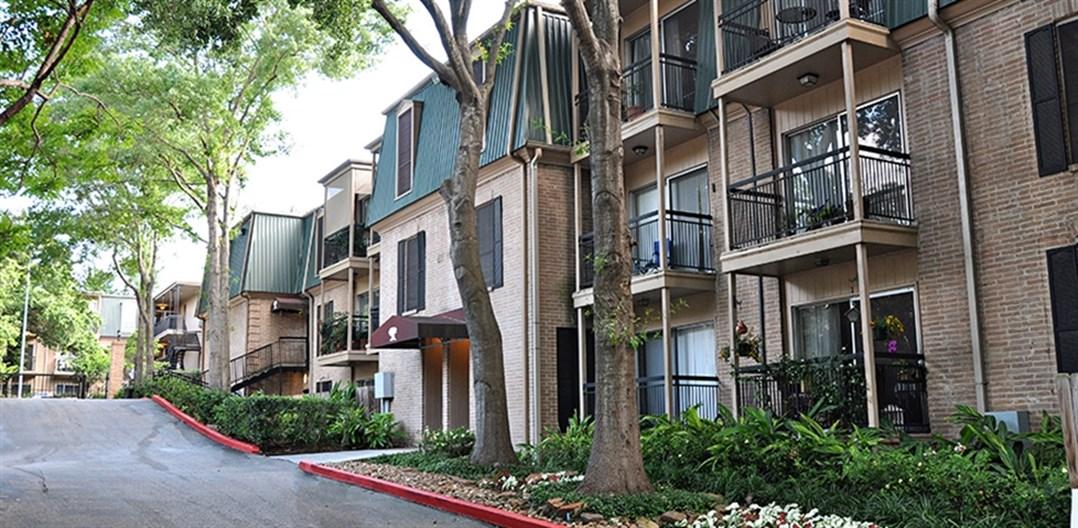 Tree Tops at Post Oak (Major Harvey Damage) Apartments