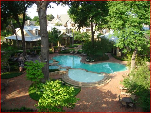 Pool at Listing #137684