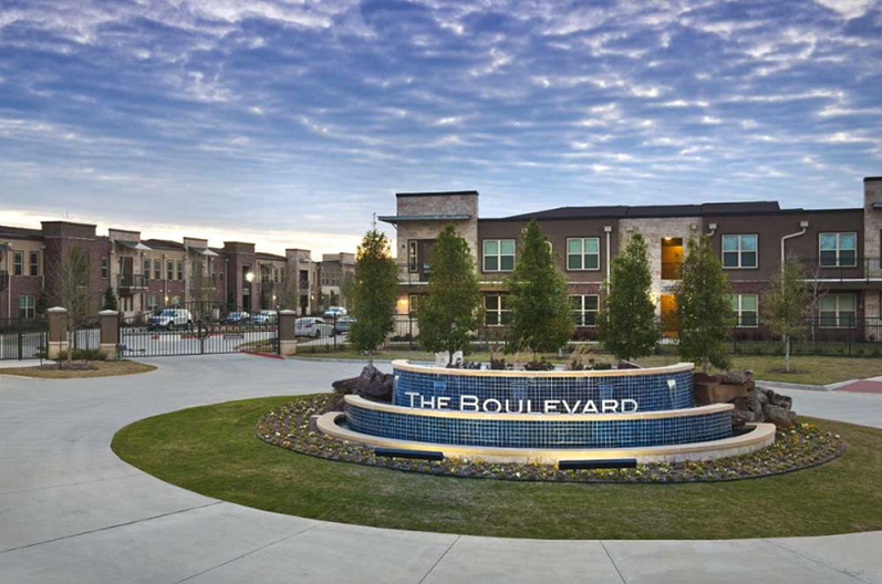 Oxford at the Boulevard Apartments