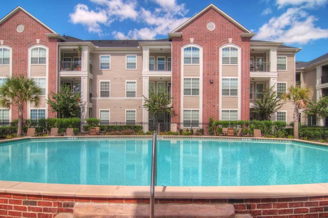 Pool at Listing #154690